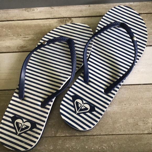 🍒5/$25🍒Roxy flip flops